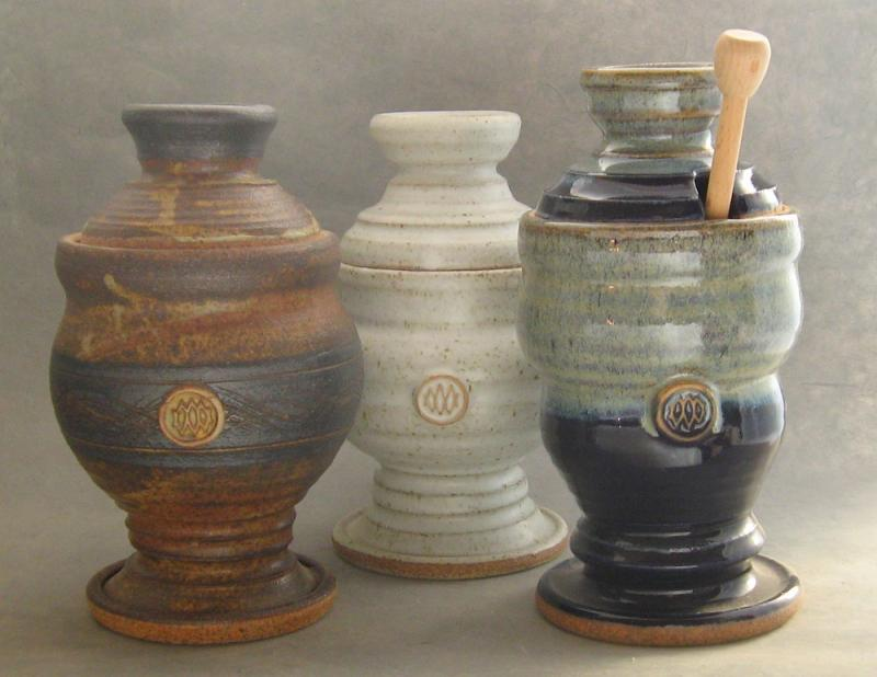 stoneware pottery honey pots with twirlee attached